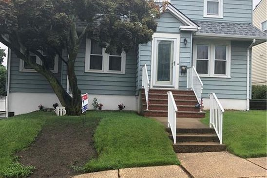 3 bed 1 bath Single Family at 51 Dartmouth St Edison, NJ, 08837 is for sale at 334k - google static map