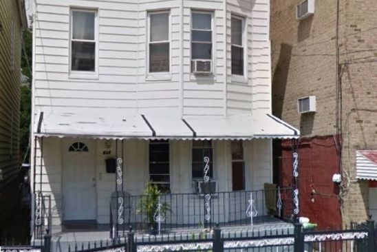5 bed 2 bath Multi Family at 637 MAGENTA ST BRONX, NY, 10467 is for sale at 200k - google static map