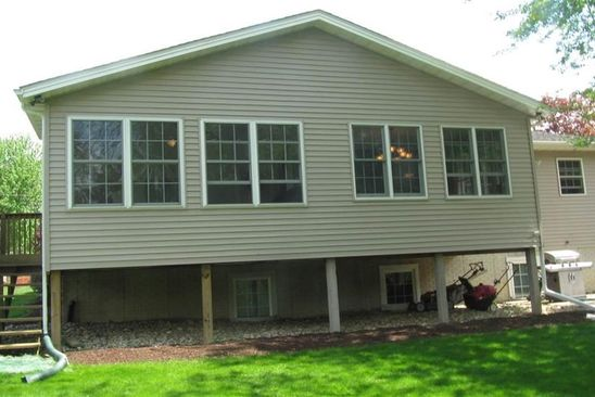 3 bed 3 bath Single Family at 1021 51ST ST MOLINE, IL, 61265 is for sale at 216k - google static map