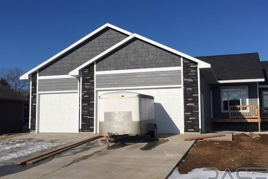 3 bed 2 bath Single Family at 412 E Meadow Cir Lennox, SD, 57039 is for sale at 270k - google static map