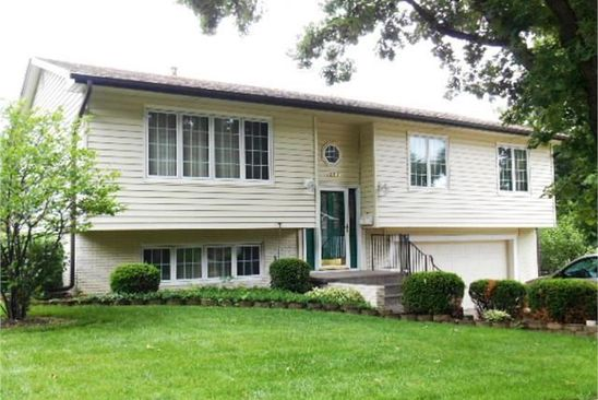 3 bed 3 bath Single Family at 1205 ROYAL OAKS DR DAVENPORT, IA, 52806 is for sale at 196k - google static map