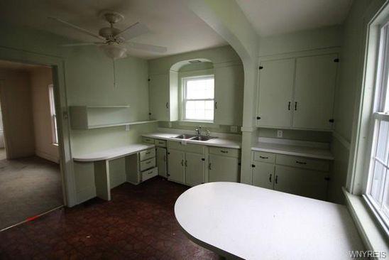2 Bed 1 Bath At 32 GRANT ST LOCKPORT NY 14094