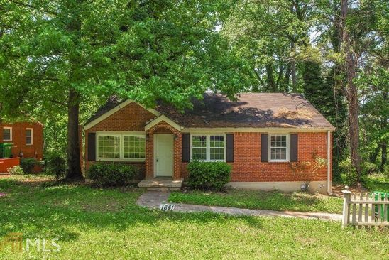 3 bed 1 bath Single Family at 1841 HILLSDALE DR DECATUR, GA, 30032 is for sale at 115k - google static map