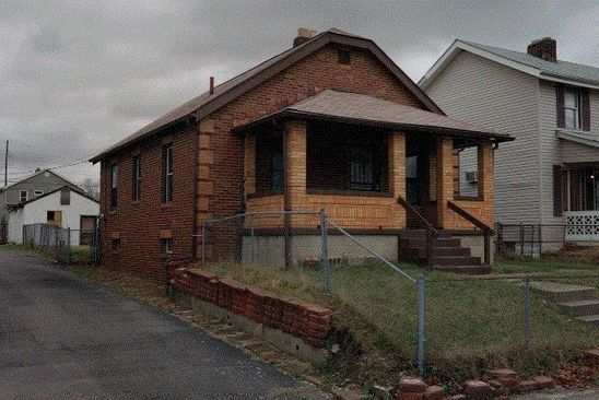 2 bed 1 bath Single Family at 880 E 4TH AVE COLUMBUS, OH, 43201 is for sale at 30k - google static map
