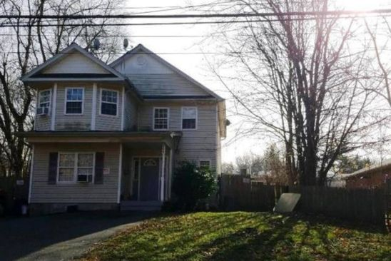5 bed 2 bath Single Family at 200 E 17TH ST HUNTINGTON STATION, NY, 11746 is for sale at 248k - google static map