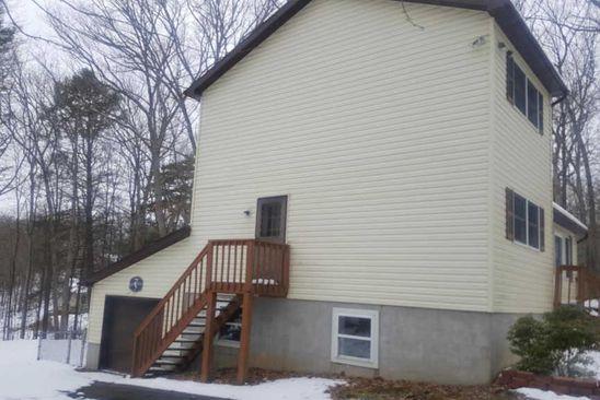3 bed 2 bath at 1346 Pocono Mountain Lake Dr Bushkill, PA, 18324 is