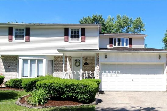 4 bed 3 bath Single Family at 328 Fruitwood Ter Williamsville, NY, 14221 is for sale at 240k - google static map
