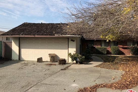 4 bed 3 bath Single Family at 5527 HERMITAGE AVE VALLEY VILLAGE, CA, 91607 is for sale at 585k - google static map