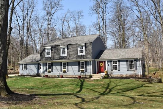 4 bed 3 bath Single Family at 7178 HUNTINGTON RD HUDSON, OH, 44236 is for sale at 340k - google static map