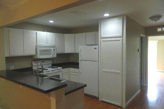 1 bed 1 bath Condo at 853 UNION ST MILFORD, MI, 48381 is for sale at 105k - google static map