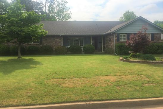 3 bed 3 bath Single Family at 1623 CARTWRIGHT CIR SPRINGDALE, AR, 72762 is for sale at 200k - google static map