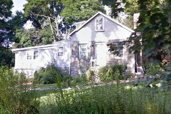 3 bed 2 bath Single Family at 31 Laguna Rd Carmel, NY, 10512 is for sale at 250k - google static map