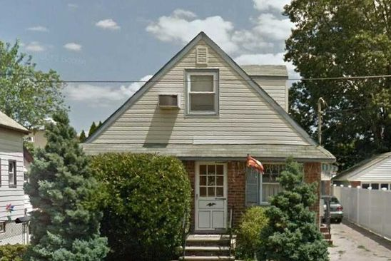 4 bed 2 bath Single Family at Undisclosed Address ELMONT, NY, 11003 is for sale at 199k - google static map