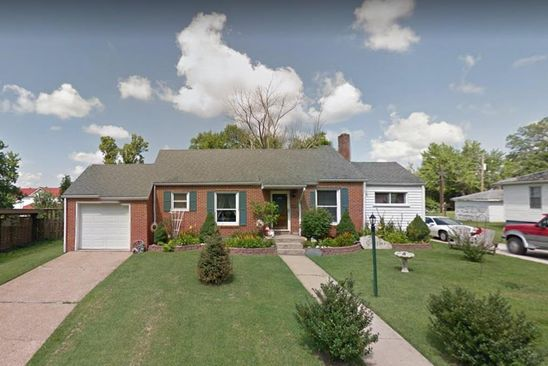 3 bed 1 bath Single Family at 921 MOORLAND ST FARMINGTON, MO, 63640 is for sale at 97k - google static map