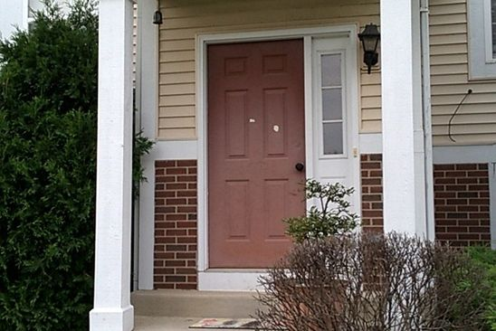 3 bed 3 bath Townhouse at 554 N TRIUMPH CT HAINESVILLE, IL, 60073 is for sale at 135k - google static map