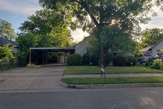 3 bed 1 bath Single Family at 1904 Andrew Ave Fort worth, TX, 76105 is for sale at 50k - google static map