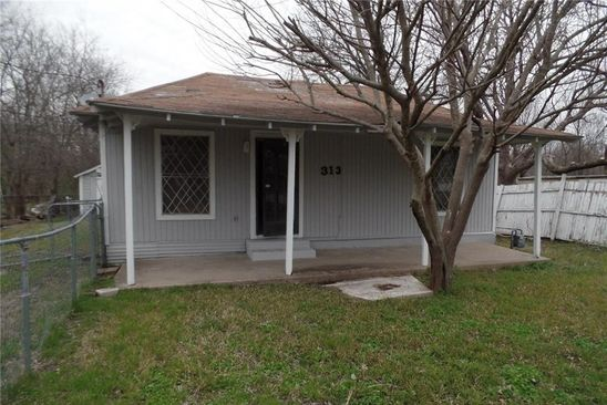 2 bed 1 bath Single Family at 313 James St Terrell, TX, 75160 is for sale at 65k - google static map