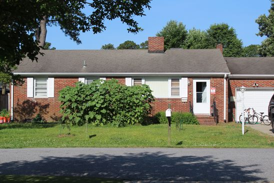 3 bed 2 bath Single Family at 2229 Starfish Rd Virginia Beach, VA, 23451 is for sale at 405k - google static map