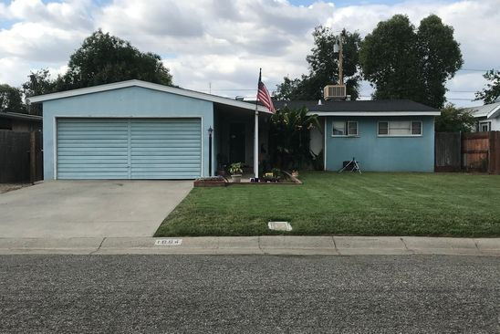 3 bed 1 bath Multi Family at 1004 E Kaweah Ave Visalia, CA, 93292 is for sale at 180k - google static map