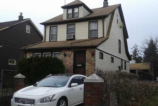 4 bed 2 bath Single Family at Undisclosed Address Laurelton, NY, 11413 is for sale at 489k - google static map