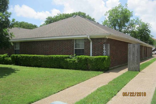 null bed null bath Multi Family at 2009 S 11th St Waco, TX, 76706 is for sale at 375k - google static map