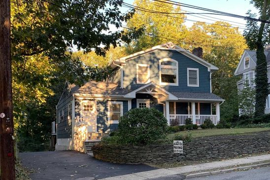6 bed 5 bath Multi Family at Undisclosed Address HUNTINGTON, NY, 11743 is for sale at 825k - google static map