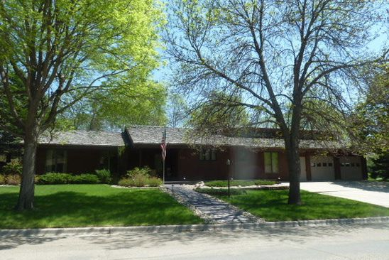4 bed 3.5 bath Single Family at 310 21ST AVE NE JAMESTOWN, ND, 58401 is for sale at 366k - google static map