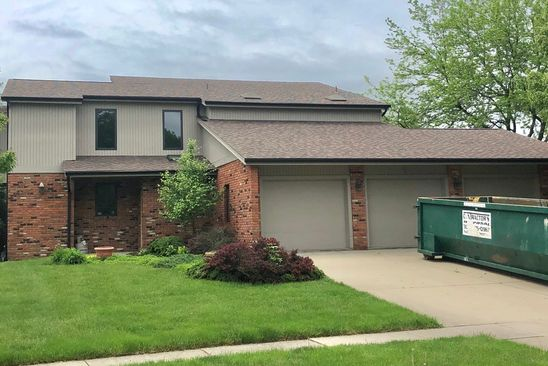 4 bed 3.5 bath Single Family at 5 Pendleton Way Bloomington, IL, 61704 is for sale at 299k - google static map