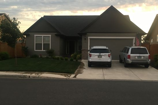 3 bed 2 bath Single Family at 779 SW QUINCE ST JUNCTION CITY, OR, 97448 is for sale at 320k - google static map