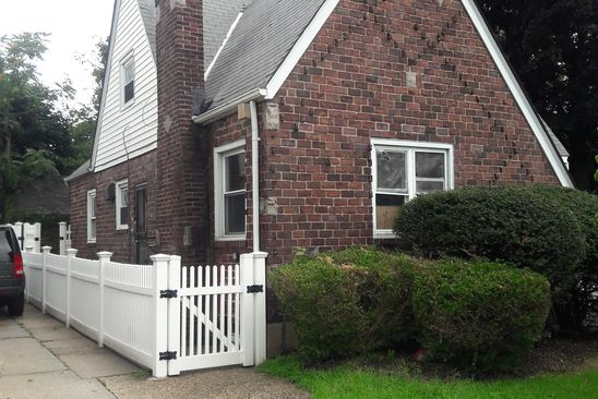 5 bed 1 bath Single Family at 33 FOSTER PL HEMPSTEAD, NY, 11550 is for sale at 469k - google static map