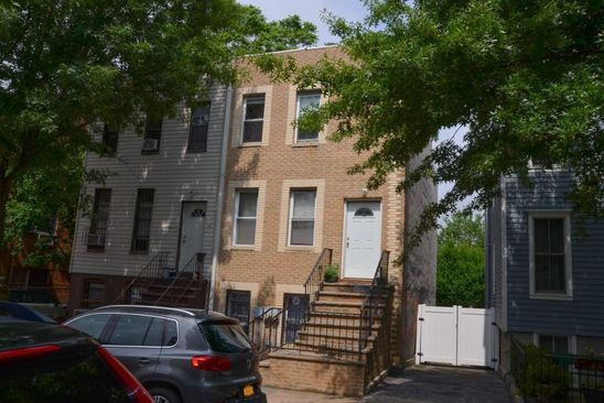 6 bed 3 bath Multi Family at 32 Jackson Pl Brooklyn, NY, 11215 is for sale at 1.90m - google static map
